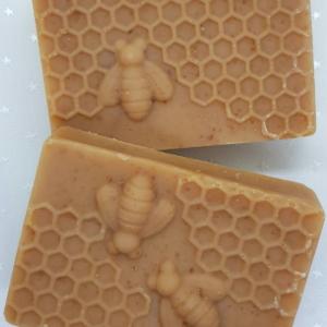 Hafer Milch und Honig Bienenwabe